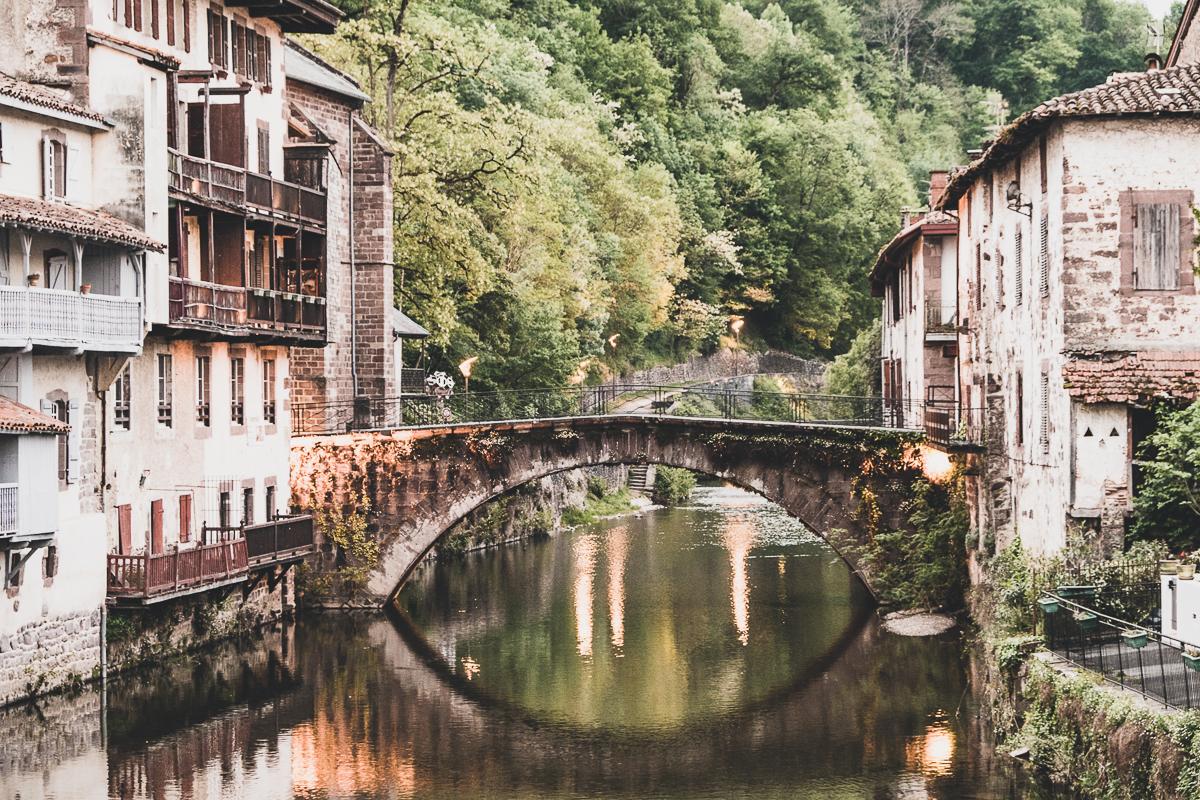 bridge in saint-jean-pied-de-port